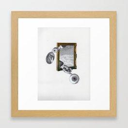 El ojo en la mano Framed Art Print