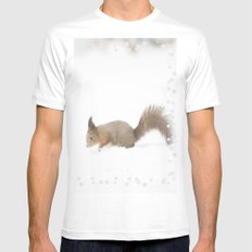 Little squirrel sitting in the snow White MEDIUM Mens Fitted Tee