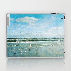 Cold days Laptop & iPad Skin