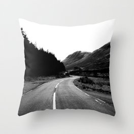 Road through the Glen - B/W Throw Pillow