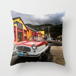 If i could turn back time... Throw Pillow