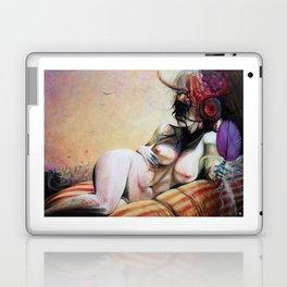 Au Seuil De Ma Mort, S'Ouvrit L'Oeil Du Minotaure Laptop & iPad Skin