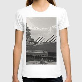 USS Wisconsin (BB-64) T-shirt