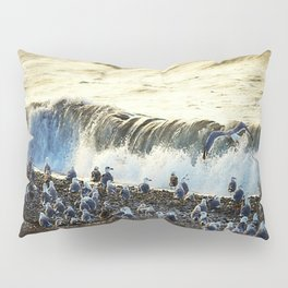 gulls resting Pillow Sham
