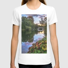 The Thames At Pangbourne T-shirt