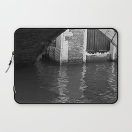 # 331 Laptop Sleeve