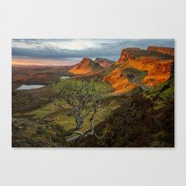 Sunrise in the Quiraing mountain landscape Canvas Print