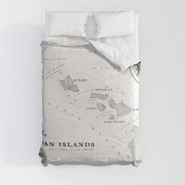 The Hawaiian Islands [Black & White] Map Print Comforters