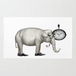 Elefante con gafas, espera. Rug