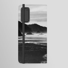 Black and White Seascape At Hug Point Android Wallet Case