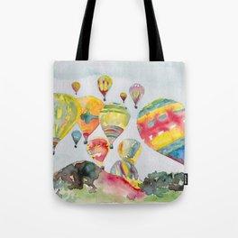 Hot air balloons flying Tote Bag