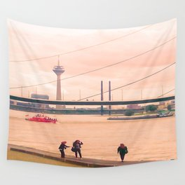 Fotoshooting Duesseldorf by the rhine Wall Tapestry