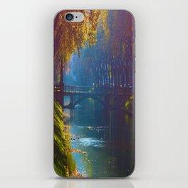 Duesseldorf Koegraben, Koenigsallee im Herbst iPhone Skin