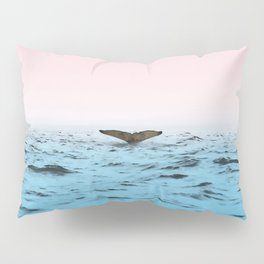 In the Middle of Ocean Pillow Sham