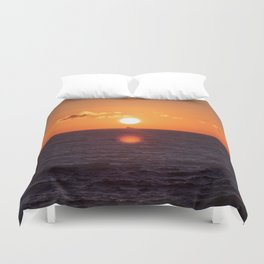 between suns and over  the oceans Duvet Cover