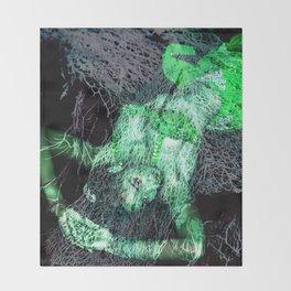 Oriental beautie - green Throw Blanket