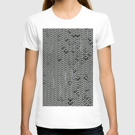 chain symbol protection T-shirt