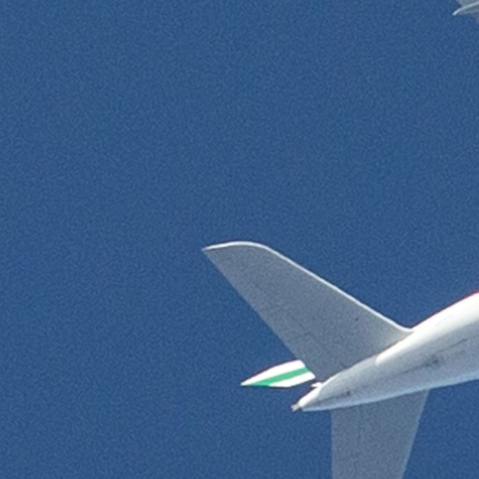 Emirates Airbus A380 at 16000 feet Leggings