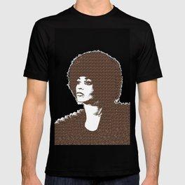 Angela Davis - Black Background T-shirt