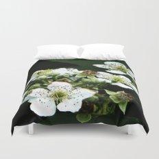 Fraises des bois Flowers Duvet Cover