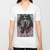 mia wallace V-neck T-shirts featuring Mia by Robotic Ewe