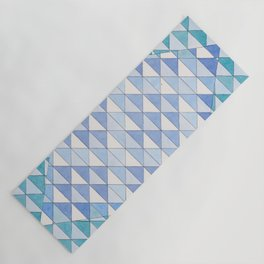 Triangle Pattern No. 9 Shifting Blue and Turquoise Yoga Mat