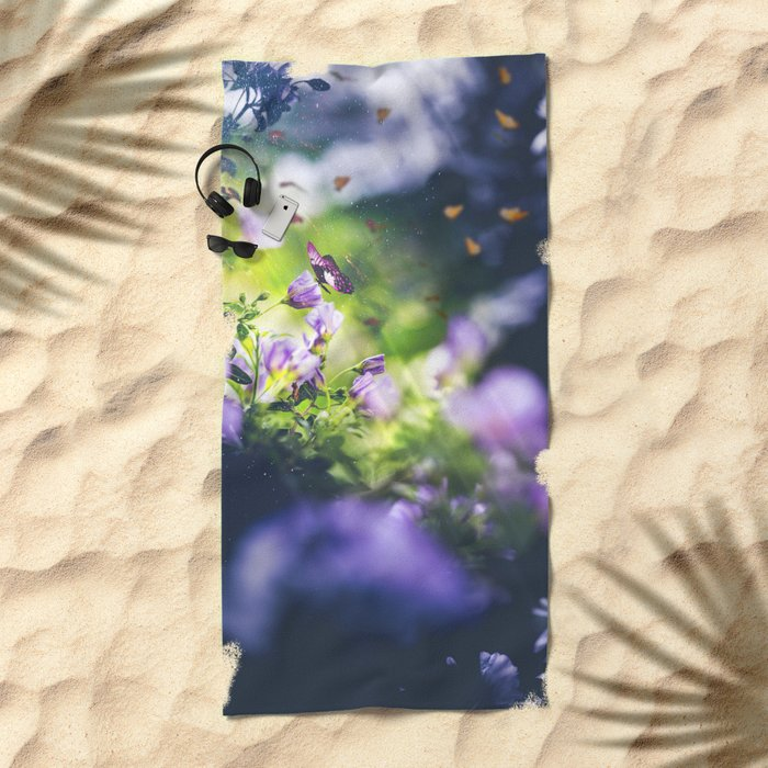 Peekaboo III Beach Towel