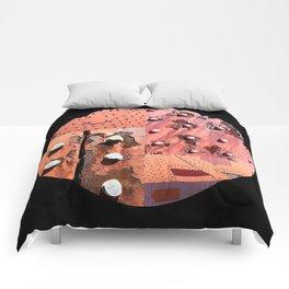 Rusty Circle (Black Background) Comforters