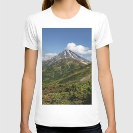 Picturesque summer panorama of volcanic landscape in Kamchatka Peninsula T-shirt