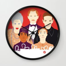 Many People In This Hotel (Faces & Movies) Wall Clock