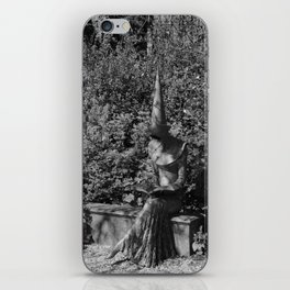 Reading Chaucer bw iPhone Skin