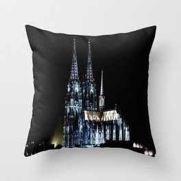 Dom_Cologne Throw Pillow