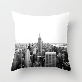 NEW YORK CITY - EMPIRE STATE / Horizontal Throw Pillow