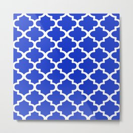 White Quatrefoil Pattern Outline With Royal Blue Background Metal Print