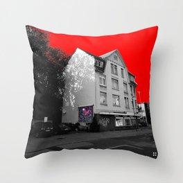 Empty (scene18) Throw Pillow