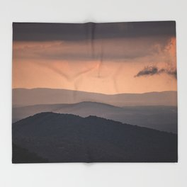 Blue Ridge Parkway Sunset - Shenandoah National Park Throw Blanket