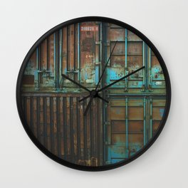 Container rouille 5 Wall Clock