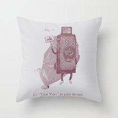 Cent Vues Throw Pillow