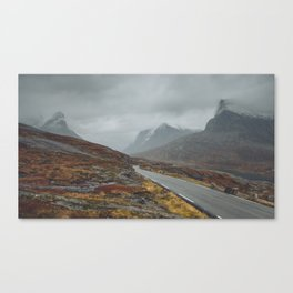 Road to misty mountains Canvas Print