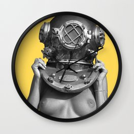 Diver UP - Aspen Gold Wall Clock