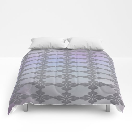 Soft Ornate Grid Pattern Comforters