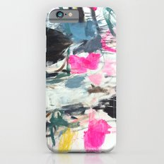 Luana searches her bag iPhone 6s Slim Case