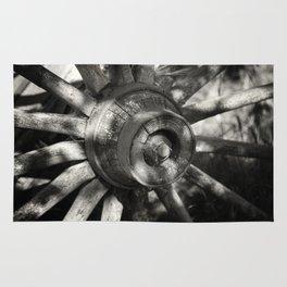 Wagon Wheel Hub Rug