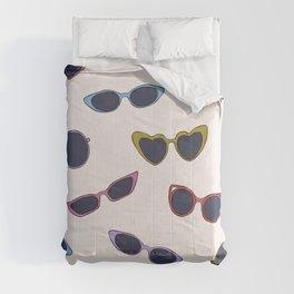 Retro sunglasses print Comforters