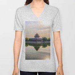 Forbidden City moat Unisex V-Neck
