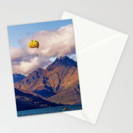 Parasailing on Wakatipu lake, Queenstown, New Zealand Stationery Cards
