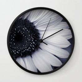 monocromatico Wall Clock