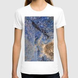 Lapis lazuli texture up close T-shirt