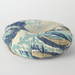 THE GREAT WAVE OFF KANAGAWA - KATSUSHIKA HOKUSAI Floor Pillow