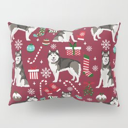 Alaskan Malamute dog christmas pattern candy canes christmas presents Pillow Sham